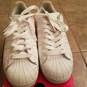 Adidas zapatos Shell Toe tamaño 95 hombres poshmark